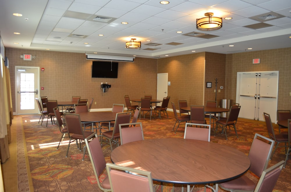 Meeting Facility, Holiday Inn Express Hotel & Suites Smithfield - Selma I -95