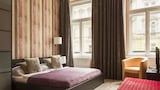 Royal Court Apartments - Prague Hotels