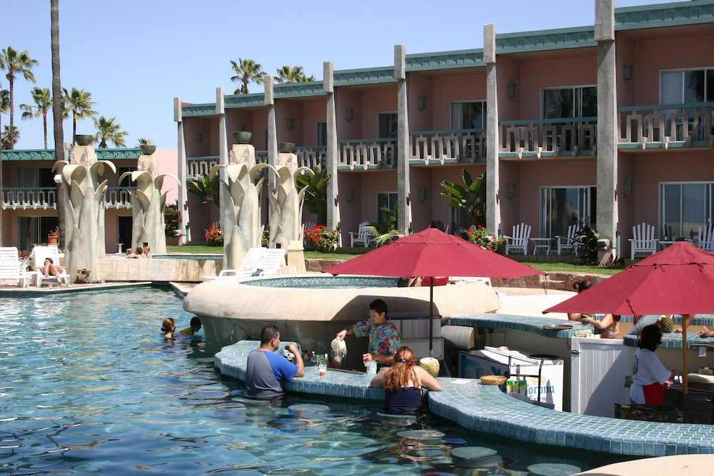 Poolside Bar, Estero Beach Hotel & Resort