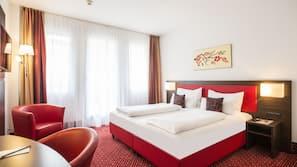 1 bedroom, premium bedding, in-room safe, laptop workspace