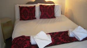 Egyptian cotton sheets, iron/ironing board, free WiFi