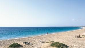 Beach nearby, snorkelling, beach volleyball, kayaking