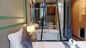 In-room safe, desk, rollaway beds, free WiFi