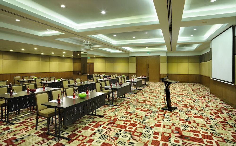 Meeting Facility, DoubleTree by Hilton Hotel Gurgaon - New Delhi NCR