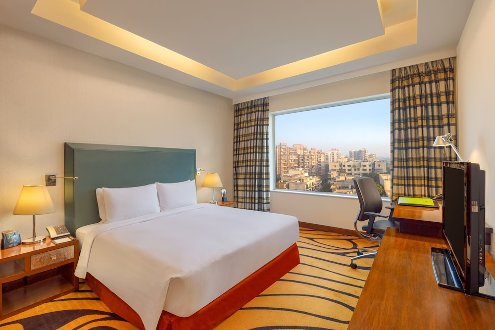 Living Area, DoubleTree by Hilton Hotel Gurgaon - New Delhi NCR
