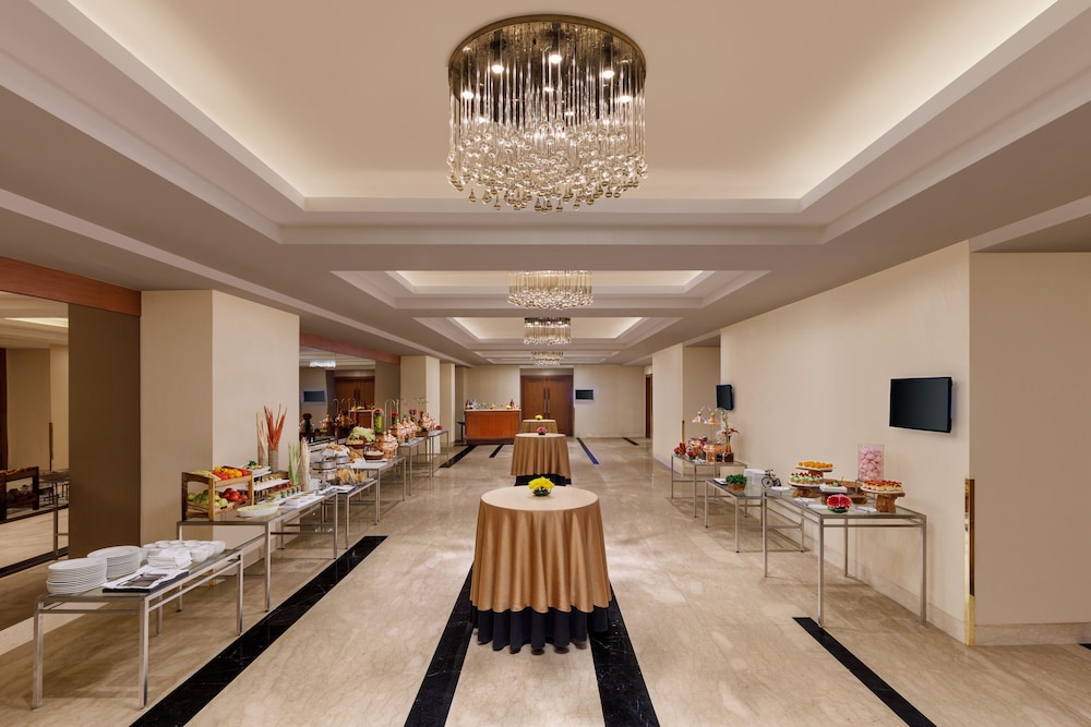 Banquet Hall, DoubleTree by Hilton Hotel Gurgaon - New Delhi NCR
