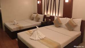 In-room safe, rollaway beds, WiFi