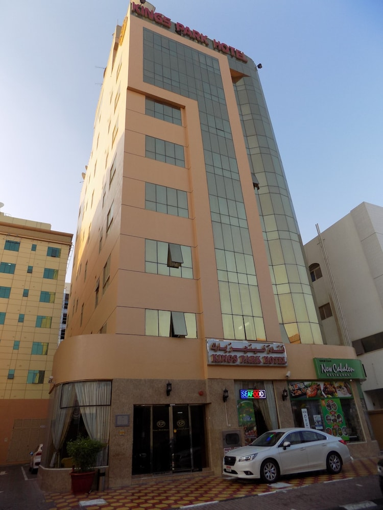 Book kings park hotel dubai hotel deals for Dubai hotel deals for residents