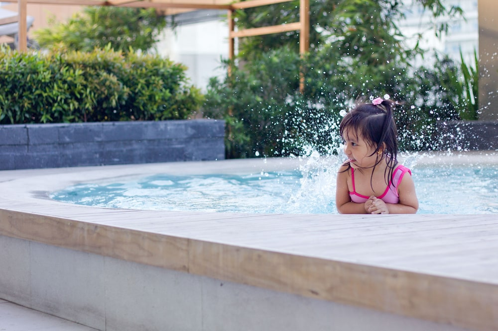 Children's Pool, F1 Hotel Manila