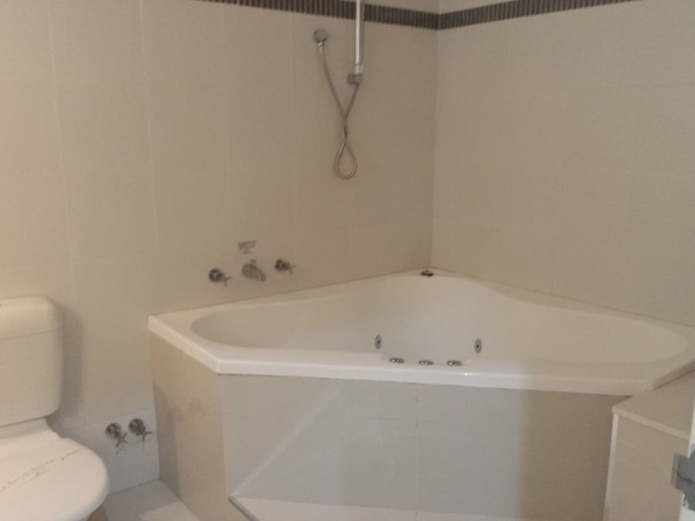 Jetted Tub, Comfort Inn Towradgi Beach