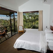 Pura Vida Retreat & Spa