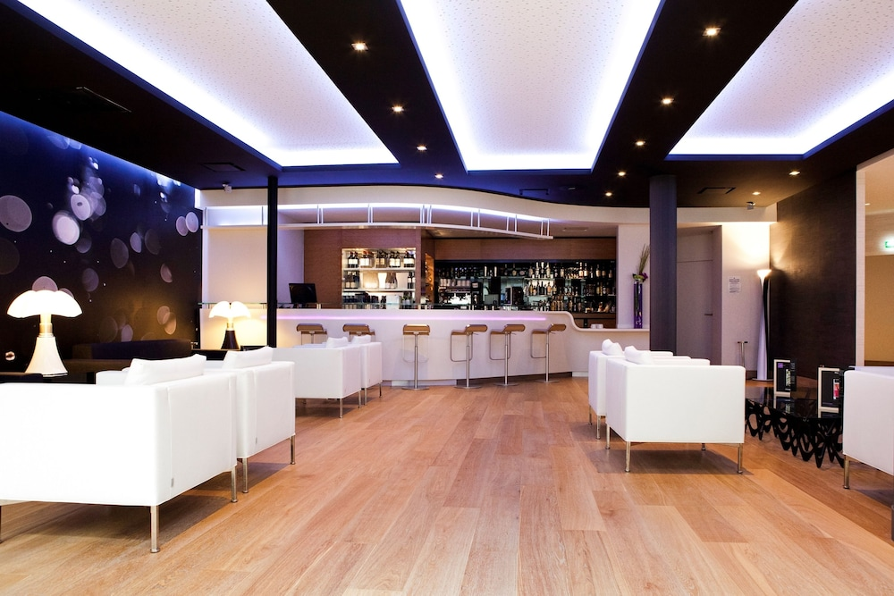 novotel toulouse centre wilson reviews photos rates. Black Bedroom Furniture Sets. Home Design Ideas