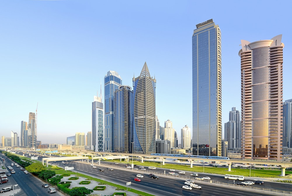 Book city premiere hotel apartment dubai hotel deals for Dubai hotels offers