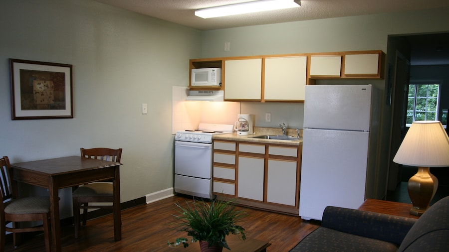 Affordable Suites of America