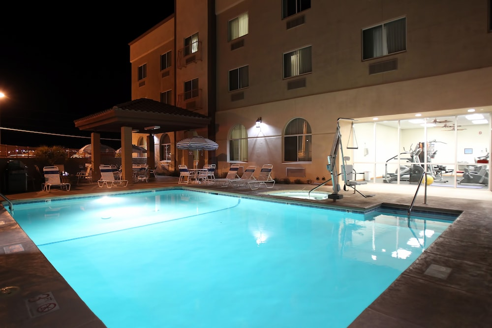 Book Garden Place Suites Sierra Vista Hotel Deals
