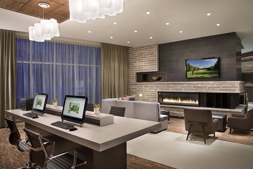 Business Center, Courtyard by Marriott Calgary Airport