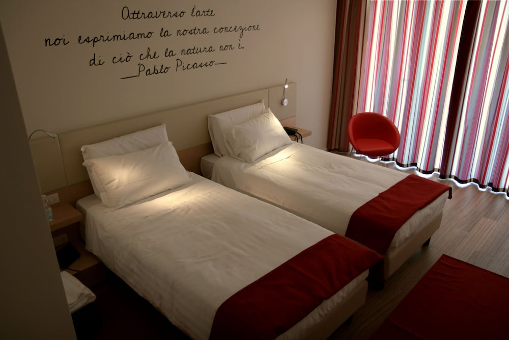 Le Terrazze Hotel & Residence: 2018 Room Prices from $58, Deals ...