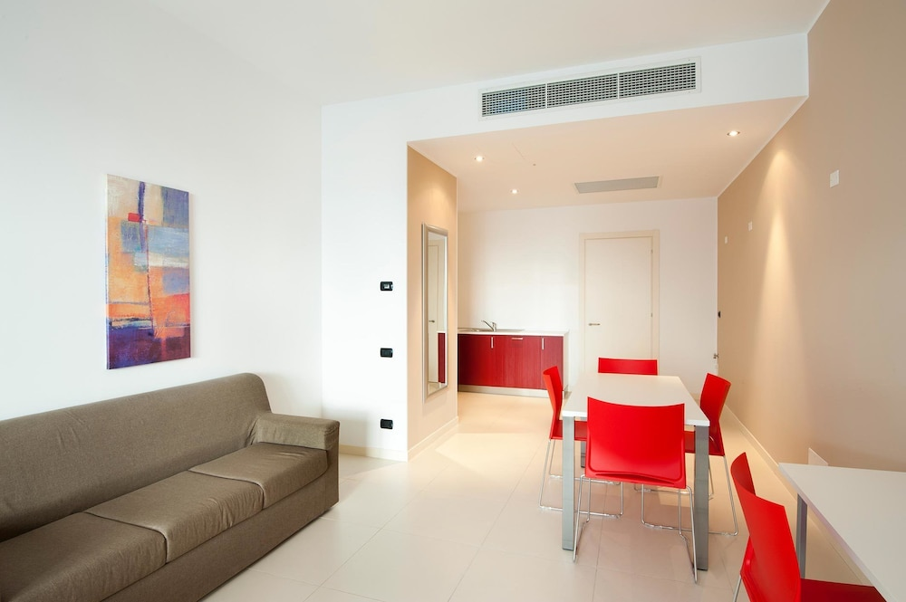 Book Le Terrazze Hotel & Residence | Villorba Hotel Deals