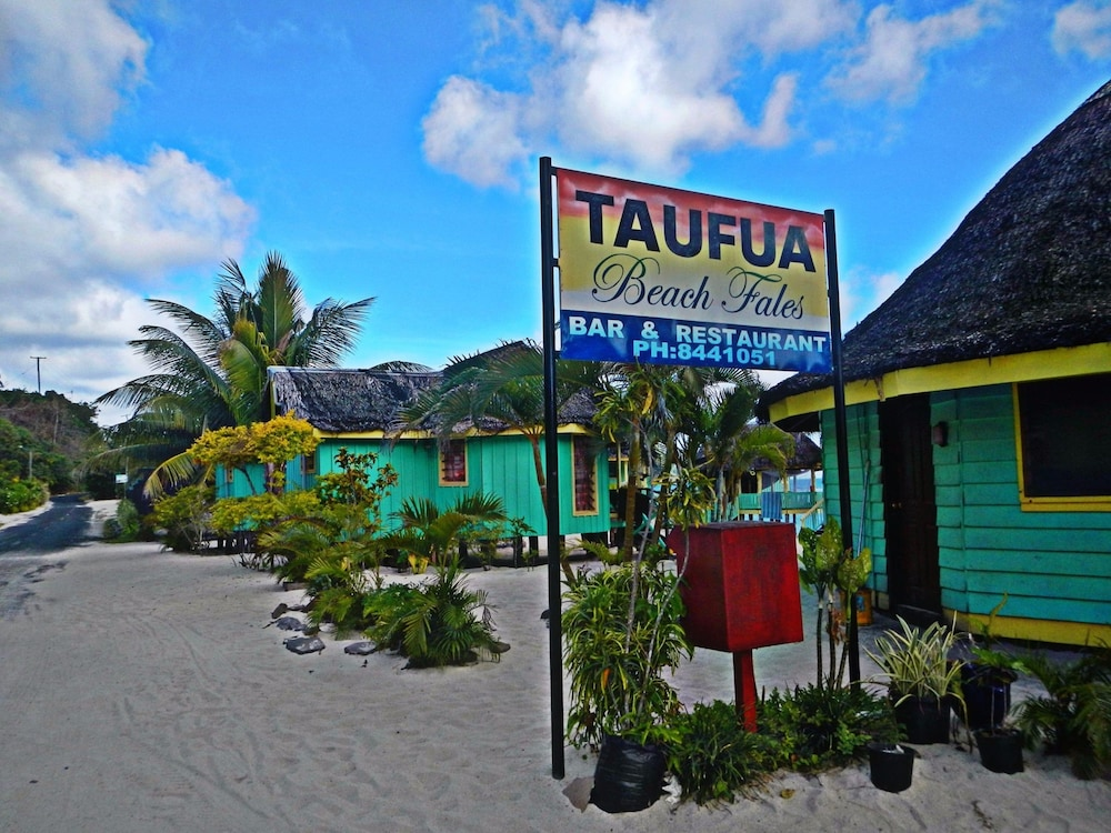 Front of Property, Taufua Beach Fales