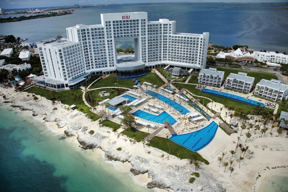 Casino Palace Cancun