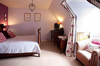 Room, Molesworth Manor