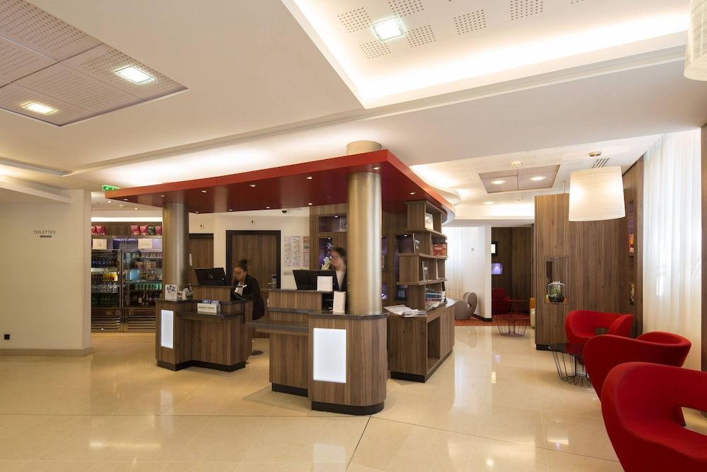 Lobby, Courtyard by Marriott Paris Boulogne