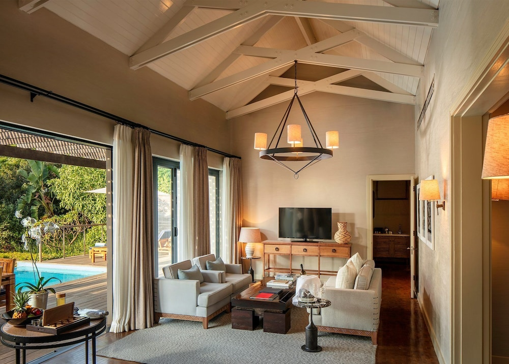 Living Area, Delaire Graff Lodges & Spa
