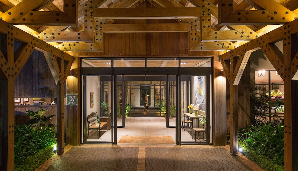 Interior Entrance, Delaire Graff Lodges & Spa