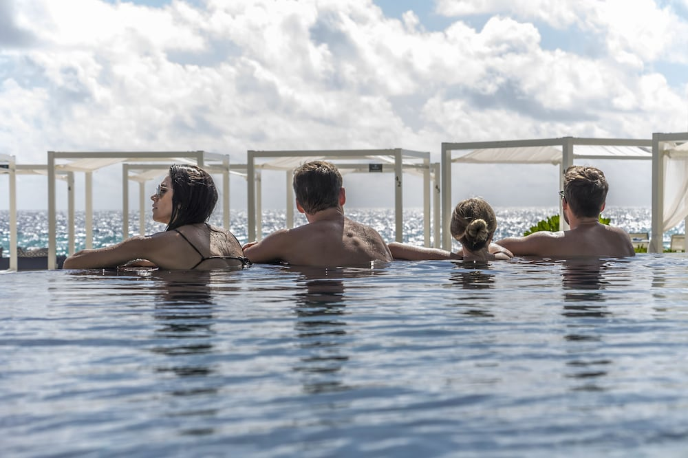 Infinity Pool, Sandos Cancun All Inclusive