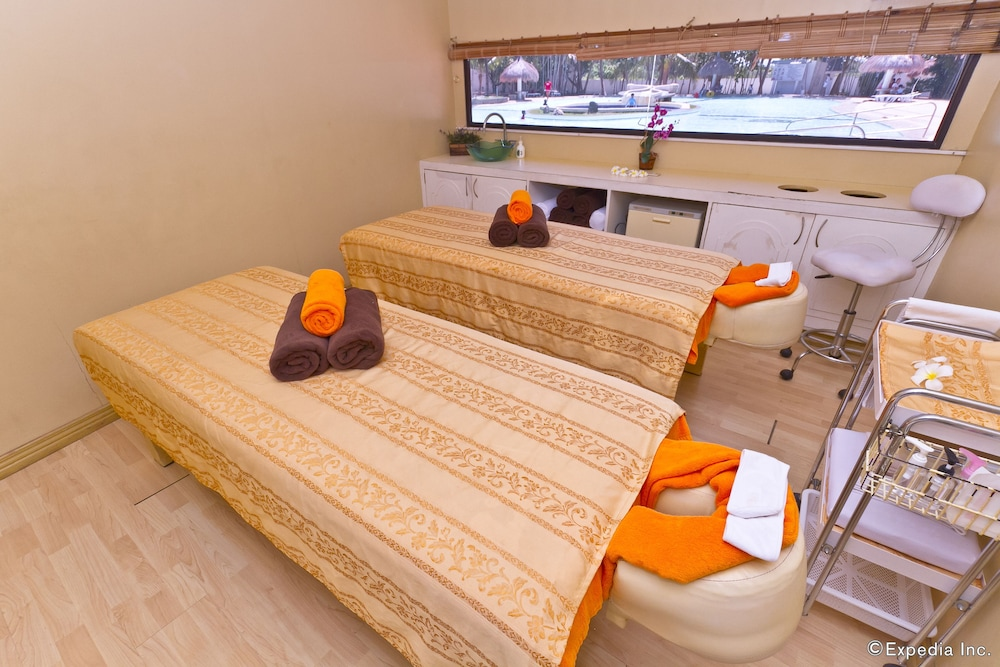 Treatment Room, Pacific Cebu Resort