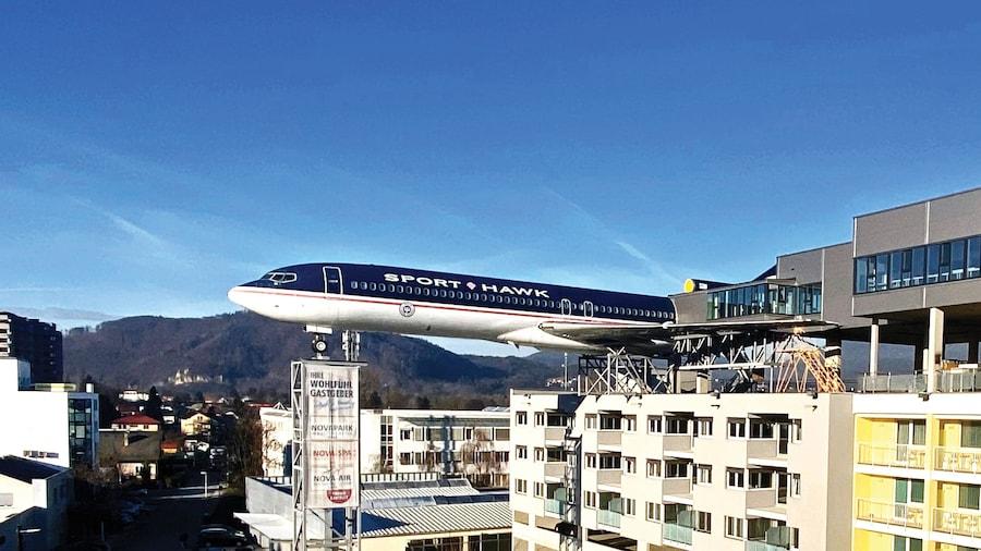 NOVAPARK.DAS Flugzeughotel