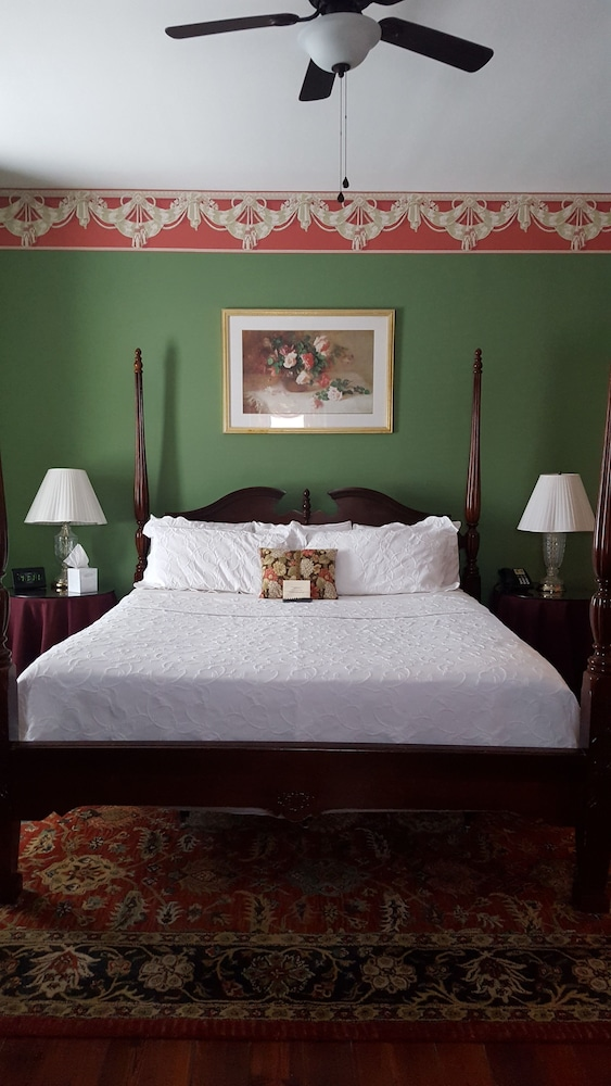 Barksdale House Inn In Charleston Hotel Rates Amp Reviews