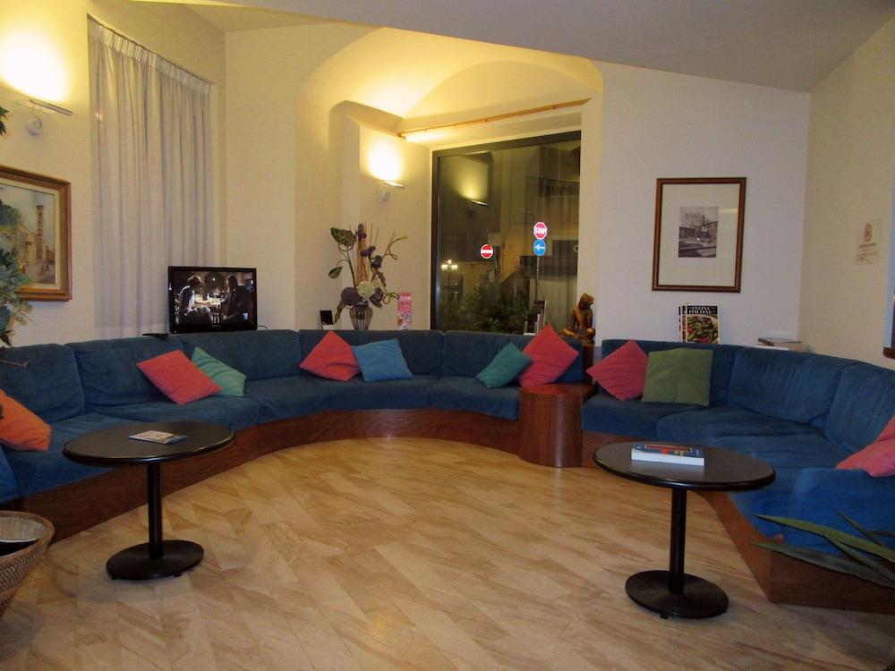 Hotel giardino prato hotelbewertungen expedia at