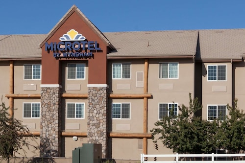 Microtel Inn & Suites by Wyndham Wheeler Ridge
