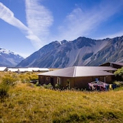 YHA Aoraki Mt Cook - Backpacker