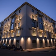 Nexus Valladolid Suites & Hotel