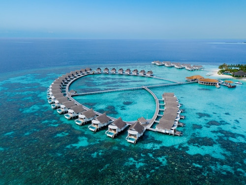 Centara Grand Island Resort & Spa Maldives All Inclusive
