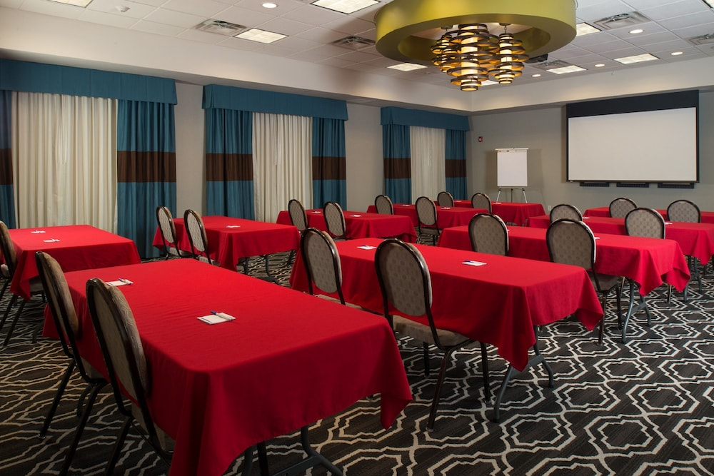 Meeting Facility, Holiday Inn Express and Suites Kansas City Airport