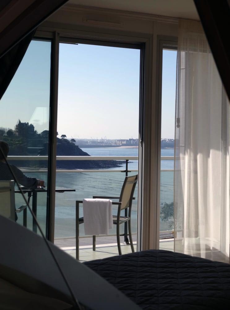 Inter hotel le crystal dinard in ille et vilaine hotel for Hotels dinard