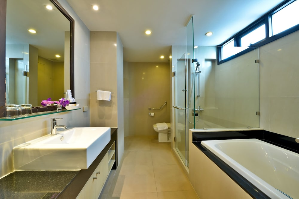 Abloom Exclusive Serviced Apartments In Bangkok Hotel