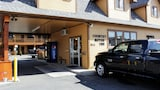 Country Motor Inn - Livingston Hotels