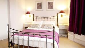Premium bedding, iron/ironing board, free WiFi, linens