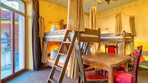 Zimmersafe, individuell dekoriert, individuell eingerichtet
