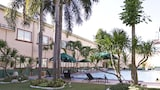 Holiday Spa Hotel - Cebu Hotels