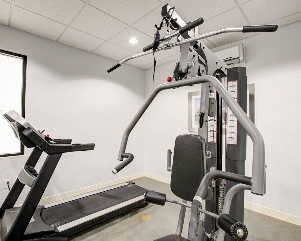 Fitness Facility, Quality Inn & Suites Bryan