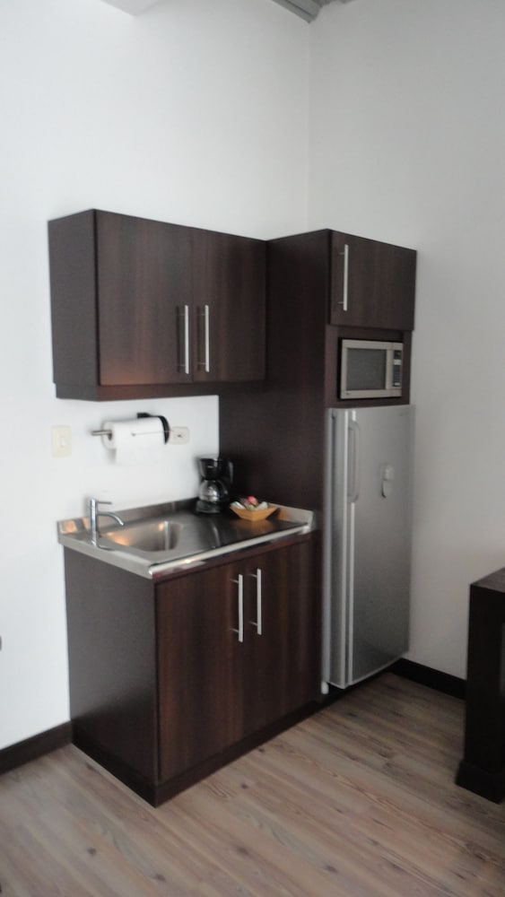Private Kitchenette, Hotel Habitat
