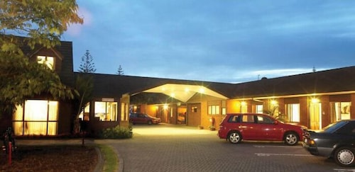 Champers Motor Lodge