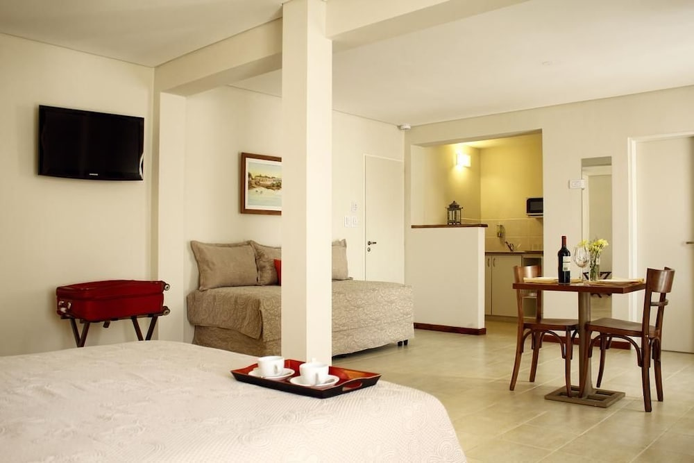 Featured Image, Donsuites Apart Hotel