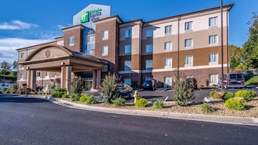 Holiday Inn Express and Suites Wytheville