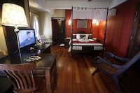 Signature Suite, 1 Bedroom (Anggun Suite)